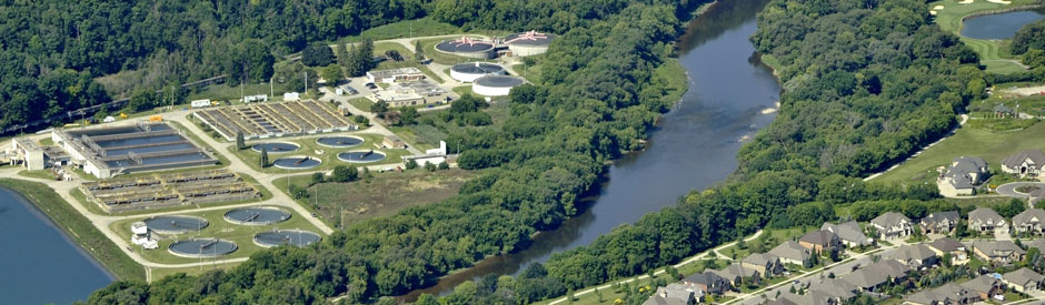 Kitchener's wastewater treatment plant on the Grand River (aerial)